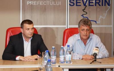 Ministrul Apararii monitorizeaza situatia din Caras Severin pe cod rosu de inundatii