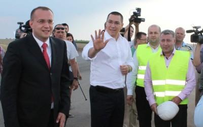 Victor Ponta in vizita la santierul autostrazii Arad-Nadlac