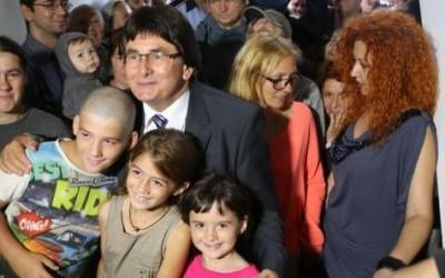 Primarul Timişoarei a împărţit cheile pentru locuinţele sociale de pe strada Polonă