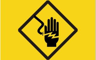Fetiţă electrocutată accidental la Arad. Familia dă în judecată Enel