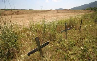 Cimitirul descoperit pe traseul autostrăzii Deva-Lugoj, mutat pentru continuarea lucrărilor