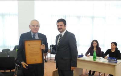 Distinctia de onoare a judetului Arad pentru Stefan Hell si Nicolae Luttwik (6)