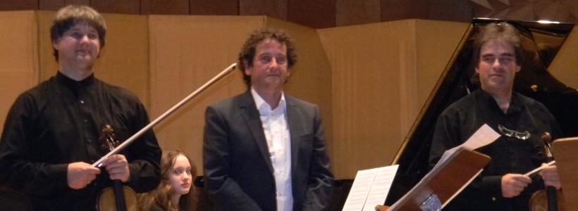 Duelul Viorilor Timisoara pe scena salii Filarmonica Banatul