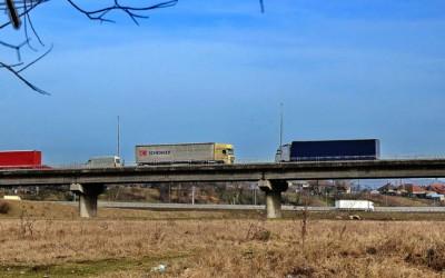 Trafic restricționat timp de trei luni pe podul peste râul Mureș, de la Șoimuș