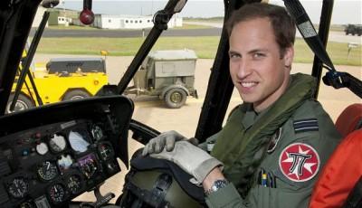 Prinţul William îşi reia activitatea de pilot la bordul unui elicopter-ambulanţă