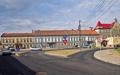 Se circulă pe noul sens giratoriu de pe strada Episcop Dr. Ioan Bălan din Lugoj