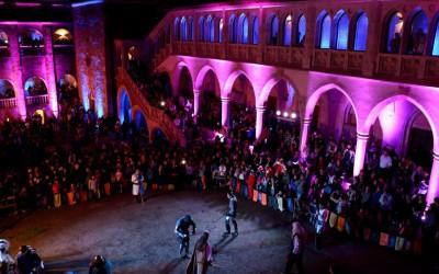 Spectacol de lumini la Castelul Corvinilor în Noaptea Europeană a Muzeelor