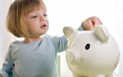 Alocaţiile pentru copii se dublează de luni, 1 iunie