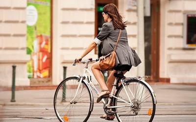Timișorencele au un ghid vestimentar pentru a fi 'cochete pe biciclete'
