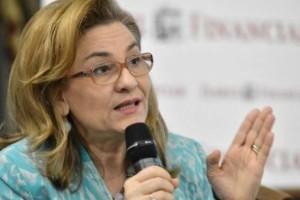 Maria Grapini: Separarea funcțiilor înseamnă o întârziere a deciziilor