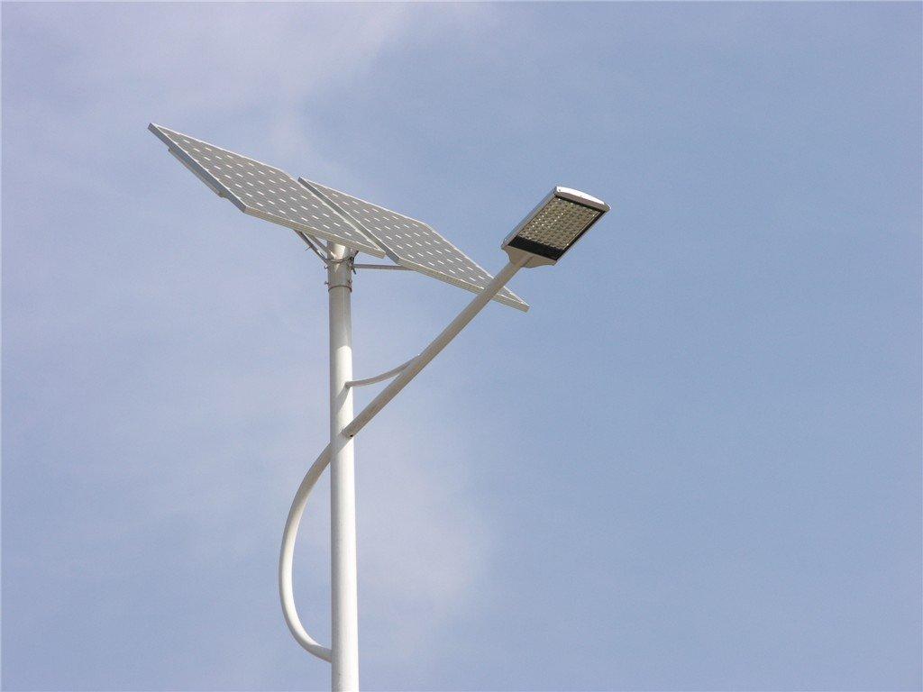 Lumină LED stradală solară