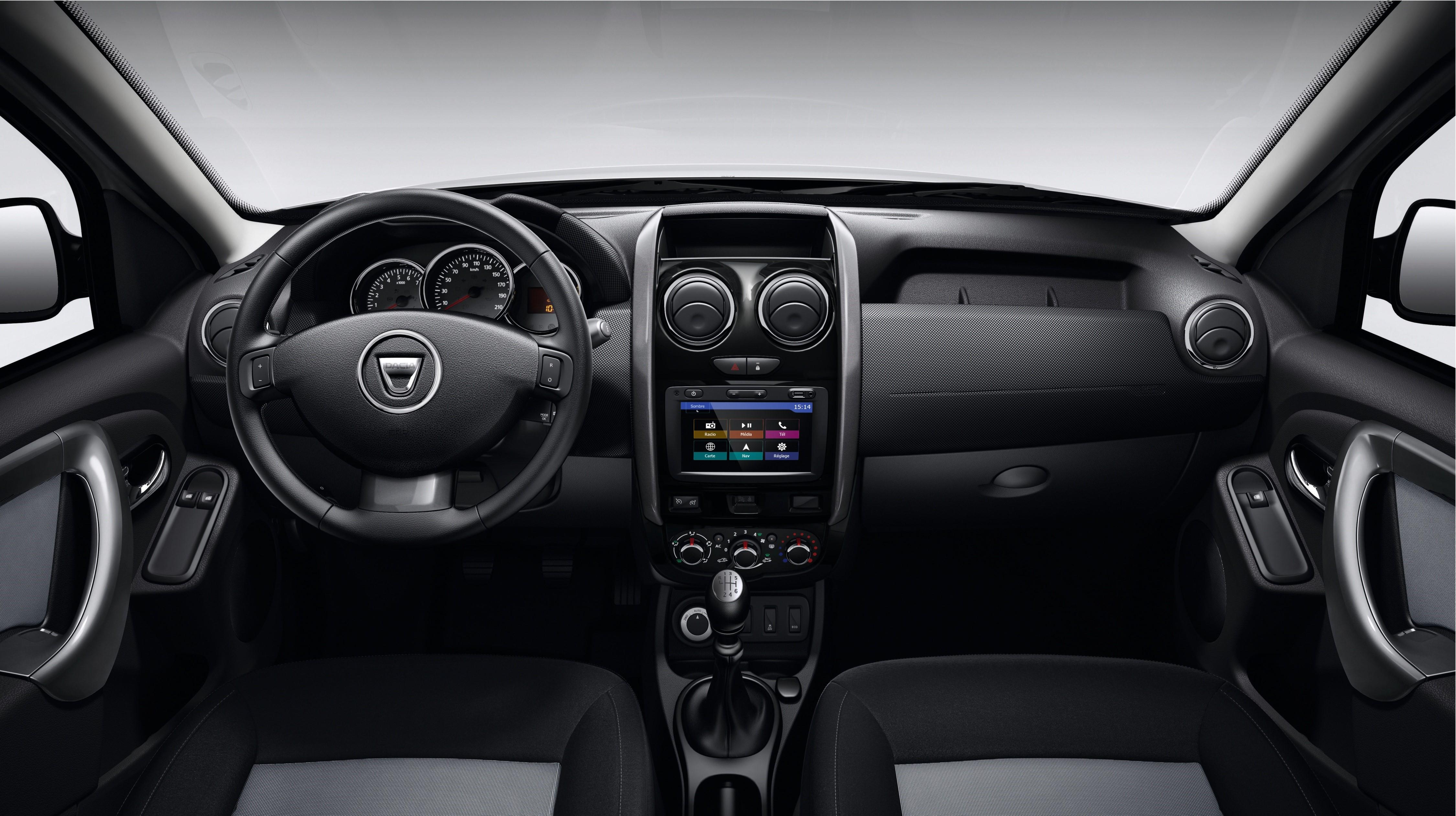 Dacia Sandero interior la Paris 2016