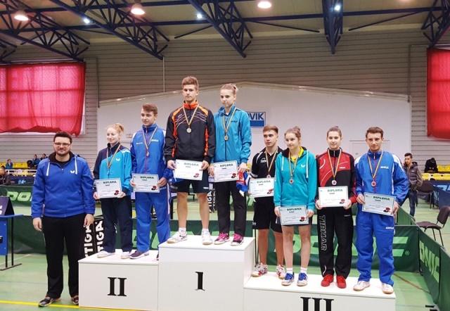 podium-dublu-mixt-tenis-de-masa-diaconu-mladin-fistyulof