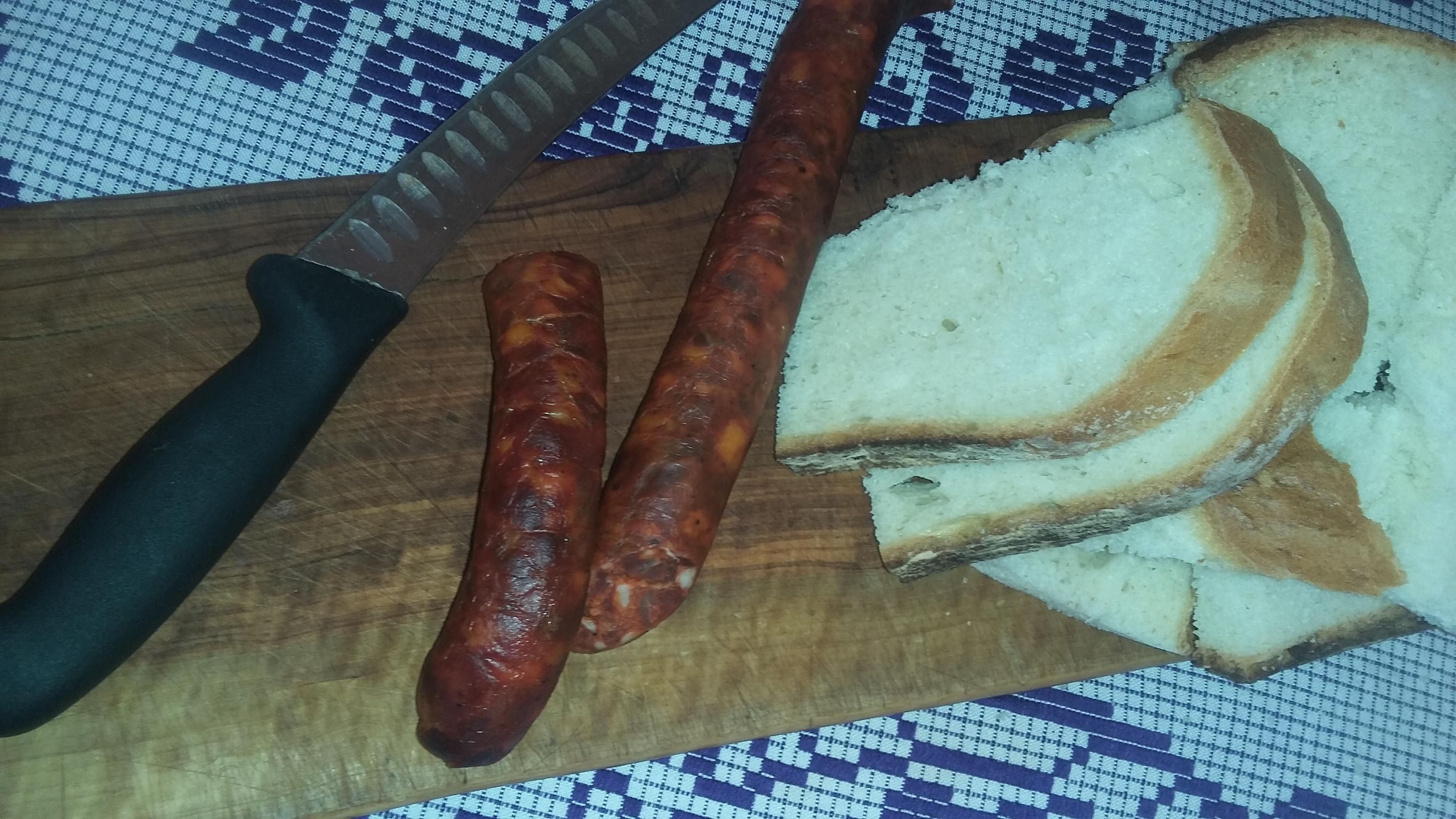 taiatul-porcului-5 carnati