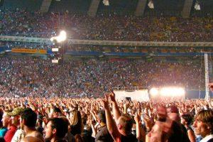 🔊 Soliști în concerte live