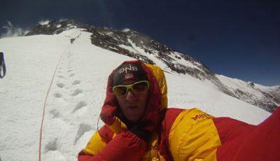 Alpinistul timişorean Horia Colibăşanu a început să urce spre vârful Everest. #CelMaiSus8848 #TheHighest8848