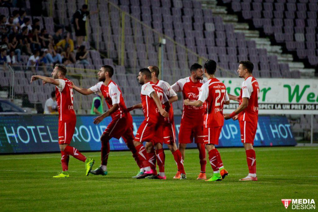 Strătilă a stabilit scorul final  în manșa tur a barajului de promovare-menținere în Liga 1, ACS Poli - UTA 2-1. Foto: uta-arad.eo